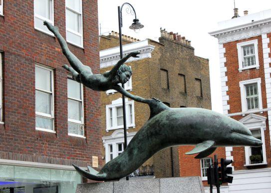 sculpture in London